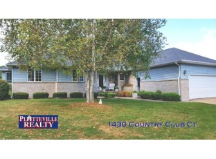 1430 Country Club Ct Platteville, WI 53818