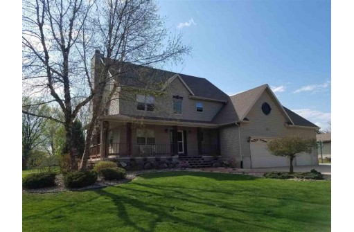 N1513 Pleasant Rd, Fort Atkinson, WI 53538