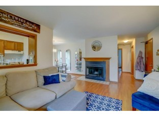 6726 Park Ridge Dr A Madison, WI 53719
