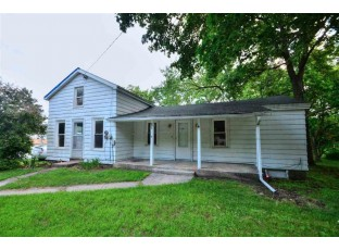 303 N Mechanic St Albany, WI 53502
