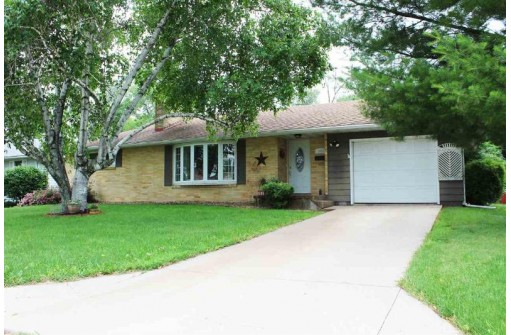 1458 29th Ave, Monroe, WI 53566