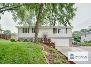6409 Woodington Way Madison, WI 53711