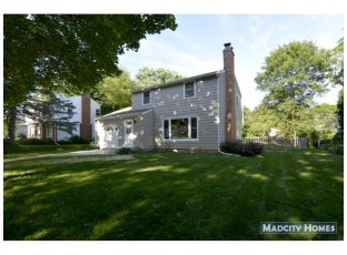 513 S Owen Dr Madison, WI 53711