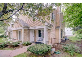 6957 Park Ridge Dr Madison, WI 53719