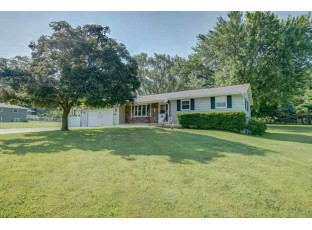 4057 Lally Rd Oregon, WI 53575-2315