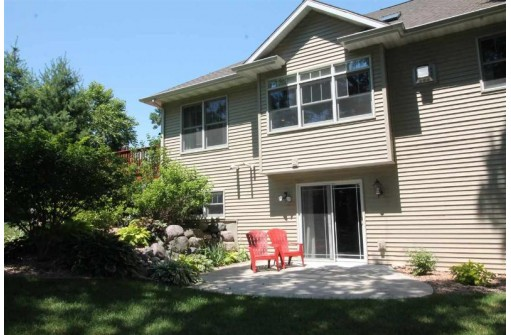 345 Wildfire Ct, Milton, WI 53563
