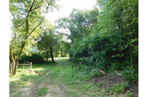 40.03 Ac Valley Rd, Highland, WI 53543
