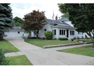 1312 E Holmes St Janesville, WI 53545