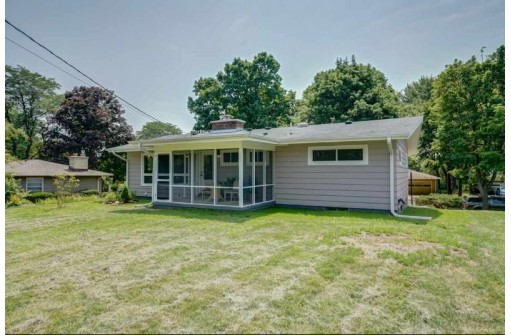 5046 Marathon Dr, Madison, WI 53705