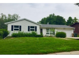 2514 Waltham Rd Madison, WI 53711
