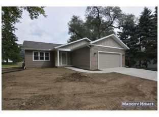 119 Lincoln Ave Stoughton, WI 53589