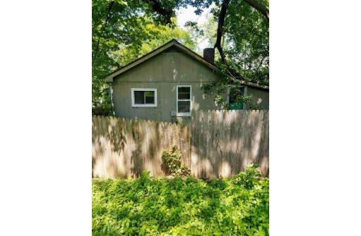 105 E Lakeview Ave, Madison, WI 53716