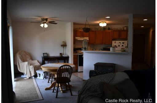 33a Grand Canyon Dr 114, Baraboo, WI 53913