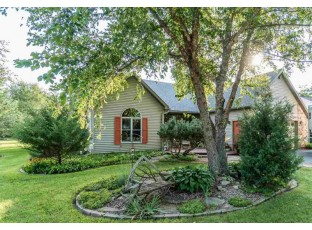 E11115 Wynsong Dr Baraboo, WI 53913
