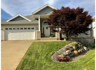 5204 Day Lily Pl Fitchburg, WI 53711