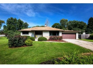 2118 Sunnyside Crescent Madison, WI 53704