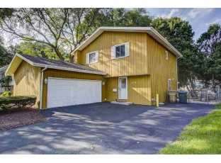 6118 Raymond Rd Madison, WI 53711