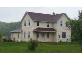 S7604a Huber Rd North Freedom, WI 53951