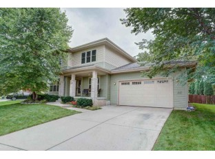 915 South St Deforest, WI 53532