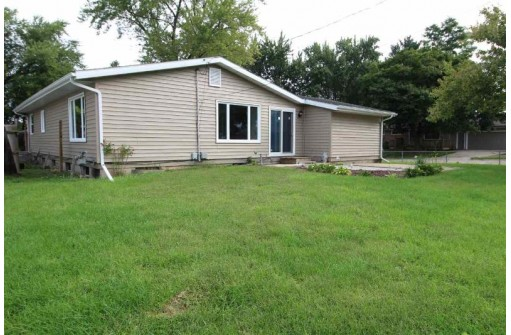 904 William St, Beloit, WI 53511-4847