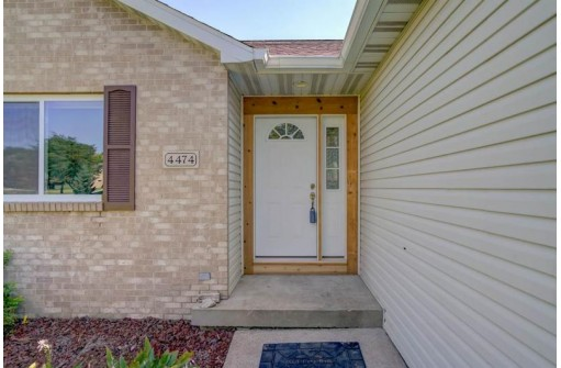 4474 Meadow Wood Cir, DeForest, WI 53532