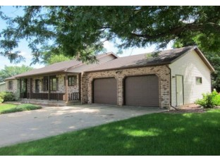837 3rd Ave New Glarus, WI 53574