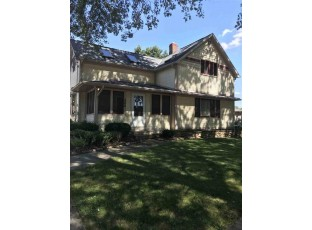 206 Maple Ave Clinton, WI 53525