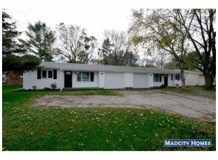 212-214 Lothe Rd Marshall, WI 53559