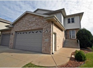 1035 Vista Ridge Dr Mount Horeb, WI 53572