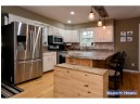 N4571 Circle Dr, Cambridge, WI 53523