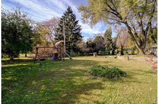 5409 Russett Rd, Madison, WI 53711