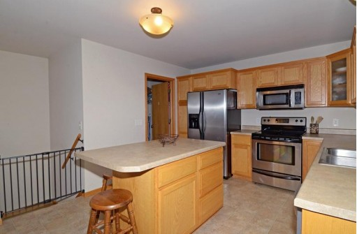 3921 Mammoth Tr, Madison, WI 53719