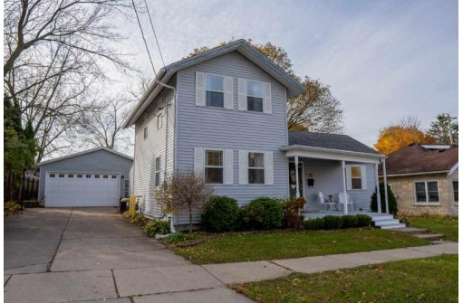 211 North St, Stoughton, WI 53589