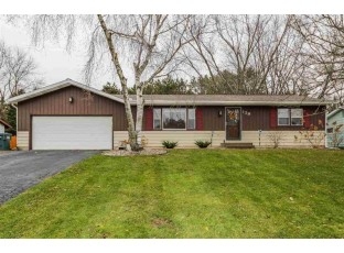139 12th Ave Baraboo, WI 53913