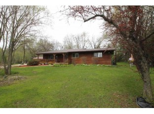 2826 W Miles Rd Janesville, WI 53545