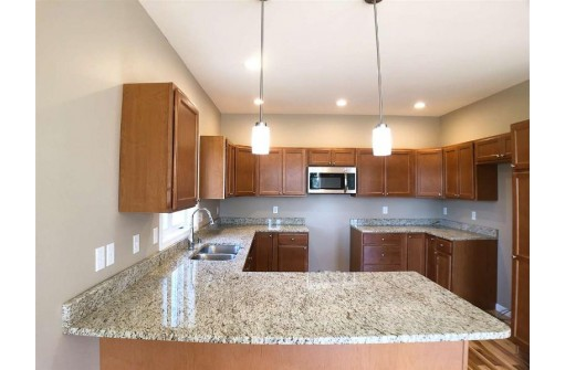 3033 Valley St, Black Earth, WI 53515