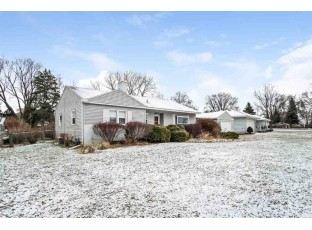 1521 Pleasure Dr Madison, WI 53704