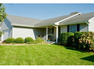 1174 Edgeview Dr Janesville, WI 53545