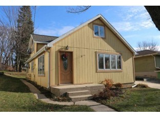 2686 Tower Rd McFarland, WI 53558