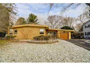2217 Tanager Tr Madison, WI 53711
