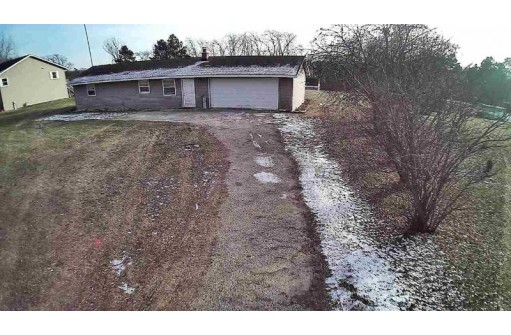 W8825 Territorial Rd, Whitewater, WI 53190