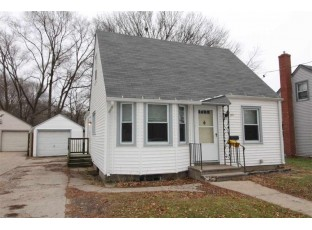107 Adams St Beloit, WI 53511-6039