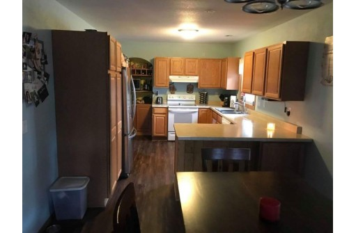 723 Franklin St, Sauk City, WI 53583-1407