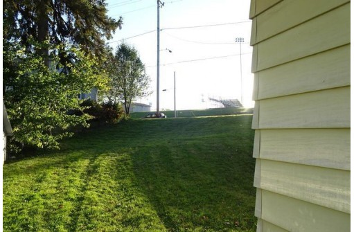 1409 E Main St, Watertown, WI 53094