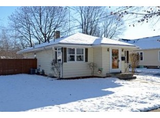 340 7th St Prairie Du Sac, WI 53578