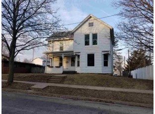 1213 21st Ave Monroe, WI 53566