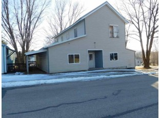 290 Main St La Valle, WI 53941