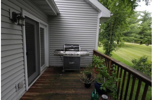 S8120 Coves Ct 1, Merrimac, WI 53561