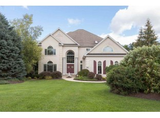 5854 Persimmon Dr Fitchburg, WI 53711