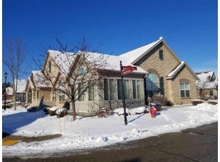 22 Harvest Way Fitchburg, WI 53711